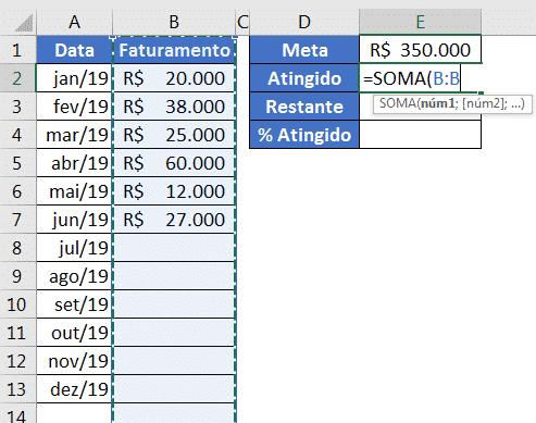 Utilizando a fórmula de SOMA para obter a quantidade atingida